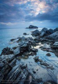 Фонтана Амороза камни на берегу