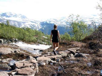 Каменная тропа в горах