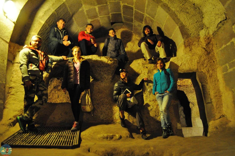 Общее фото в пещере