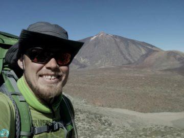 Селфи на фоне Вулкана Тейде