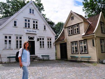 Красивые деревянные домики
