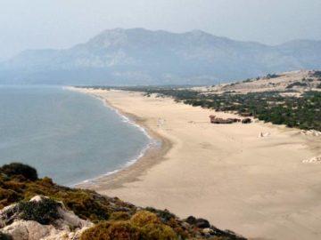 Пляж в Патаре