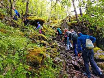 Подем по камням в горы