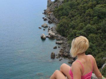 С видом на море