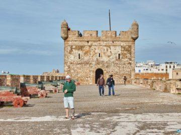 Башни на стене