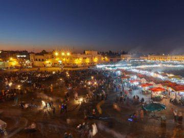 Большой рынок ночью