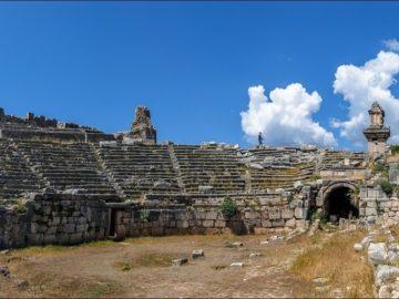 Панорама руин
